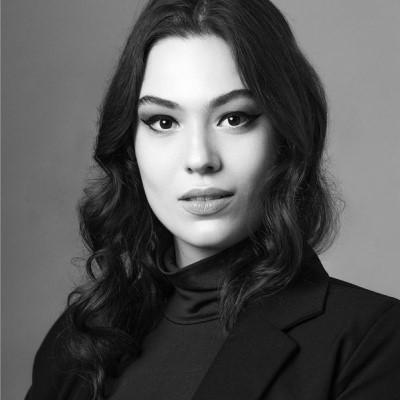 Ana C. Sbarai